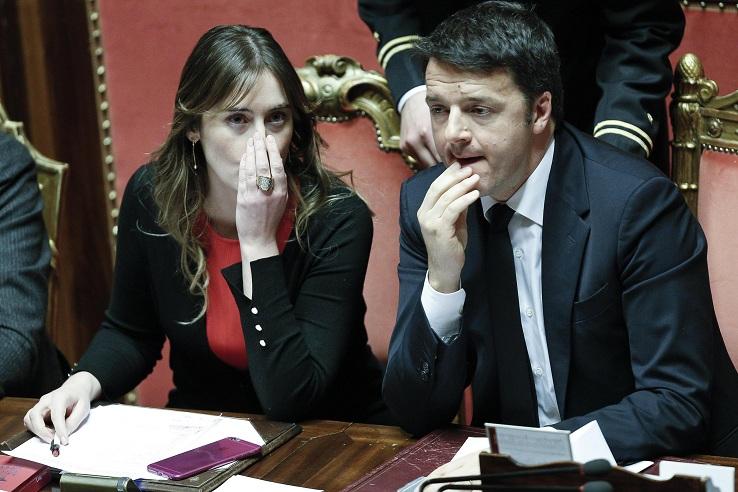Il Ministro delleRiforme Maria Elena Boschi e il Presidente del Consiglio Matteo Renzi in Senato  durante il voto finale DDL Rifome Costituzionali (Seconda deliberazione del Senato), Roma, 20 Gennaio 2016, ANSA/GIUSEPPE LAMI