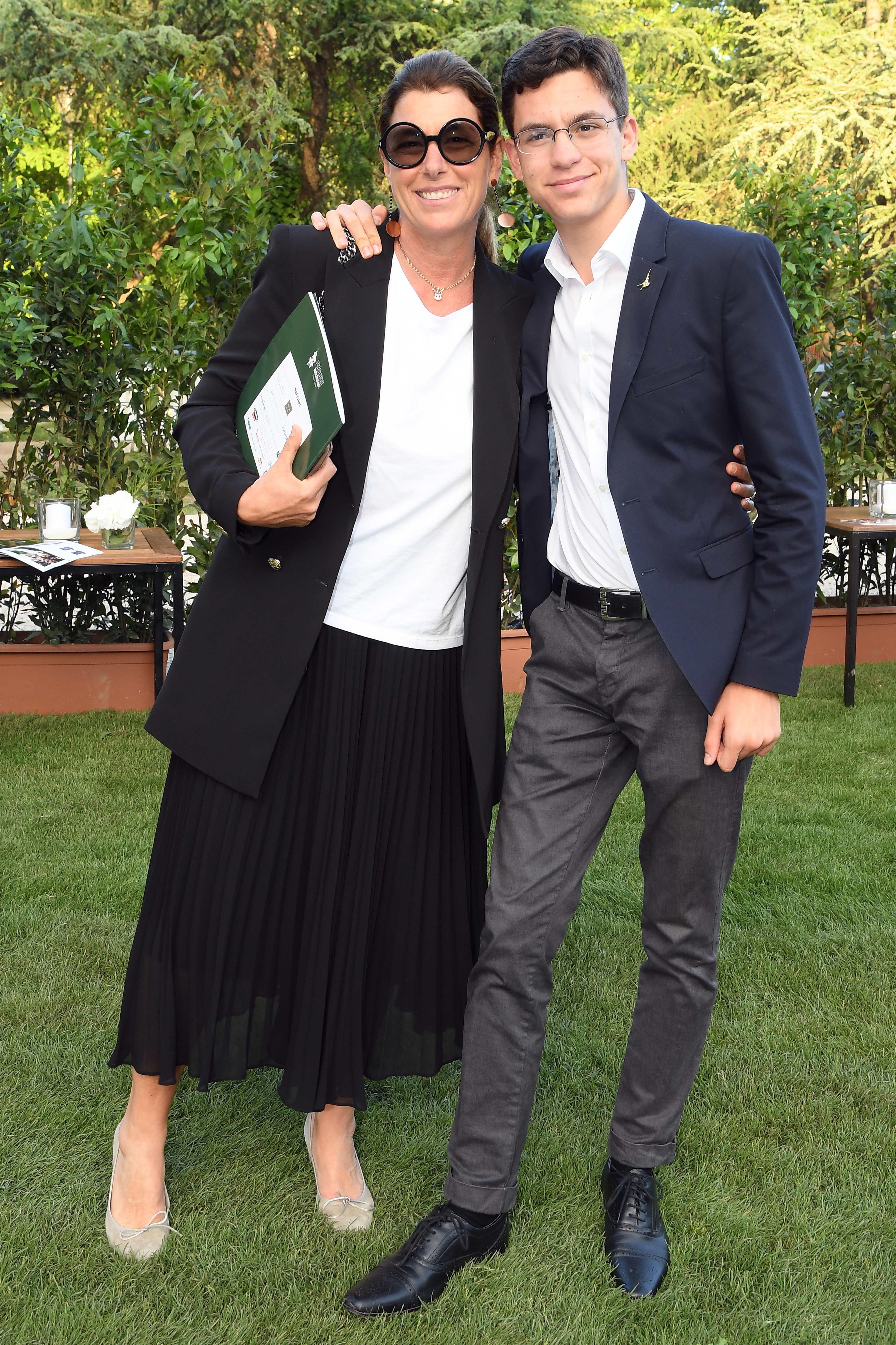 Roma: Galoppatoio Villa Borghese . Festa del Polo . Nella foto :  Roberta Beta con il figlio Filippo