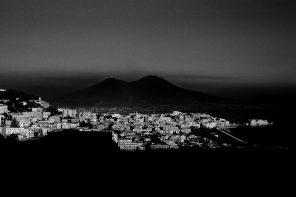 Loredana Troise racconta Napoli con gli occhi di 31 artisti